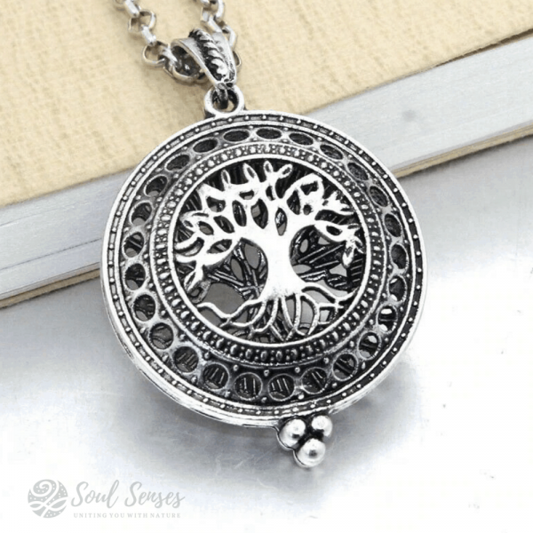 Essential Oil Aromatherapy Diffuser Round Vintage Locket - Silver Tree Of Life.